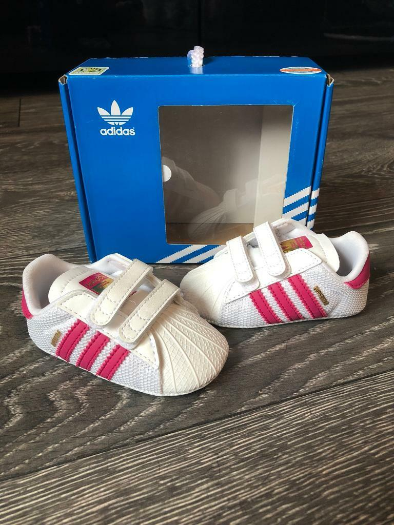 Baby girls crib Adidas trainers  6d22d3a35
