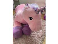 Brand new giant unicorn