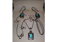 LADIES NEW SILVER PENDANT, WITH 20 INCH CHAIN, AND MATCHING EARRINGS, INLAID WITH TURQUOISE