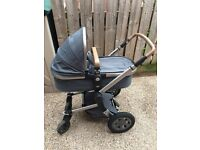 Joolz Day Quadro Blu pram/push chair with accessories and a Maxi Cosi Pebble Plus Car Seat