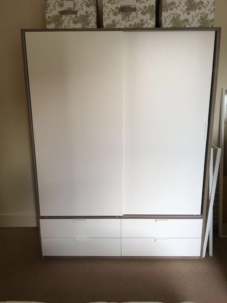 ikea trysil wardrobe w sliding doors 4 drawers white light grey in central london london. Black Bedroom Furniture Sets. Home Design Ideas