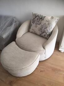 Oak furniture land snuggle swivel armchair