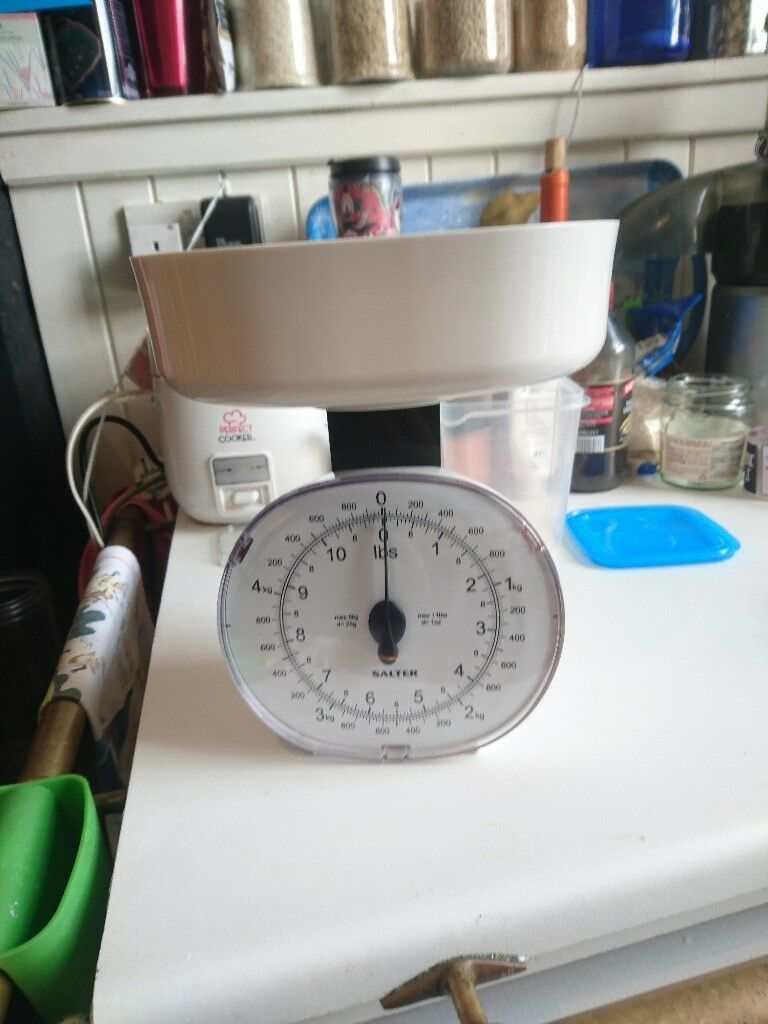 Salter 5kg Mechanical Kitchen Scale White Imperial Metric 125 Whdr Like New