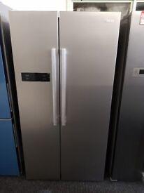 Brand New Swan SR70120S90cm American-Style Double Door Fridge Freezer