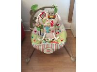 Woodsy Vibrating Musical Bouncy chair