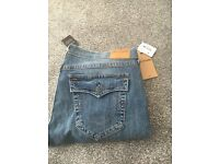 Men's true religion size 40 jeans (NEW)