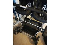 Twin 3in1 travel system buggy with accessories