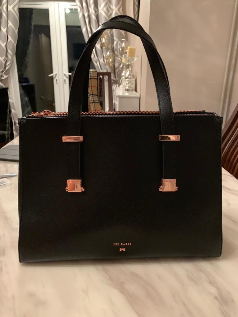 Ted Baker bag Alyssaa Leather Tote Bag  908a445c9e316
