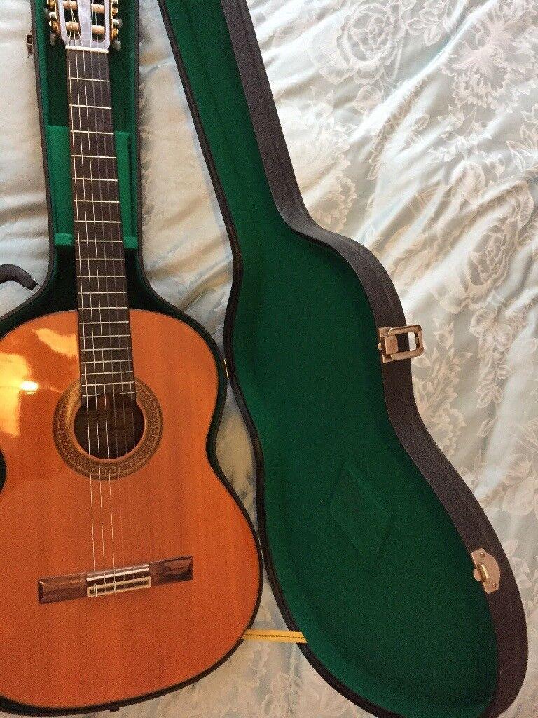 terada 3046 classical guitar vintage made in japan with hard case in inverleith edinburgh. Black Bedroom Furniture Sets. Home Design Ideas
