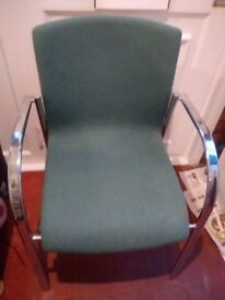 Chair in Green material in Chrome in Good Condition