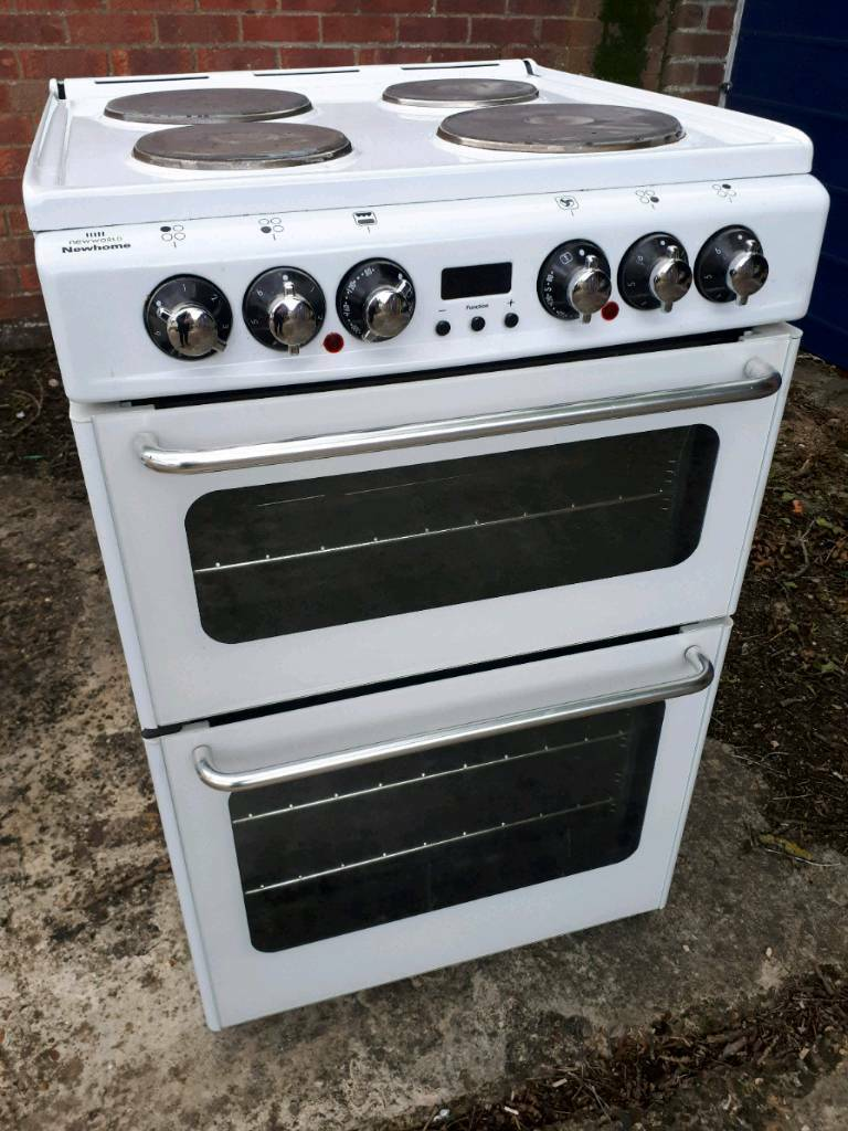 Electric cooker in very good condition, delivery available