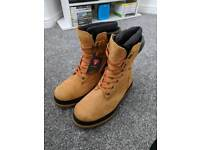 Timberland snow boots 7.5