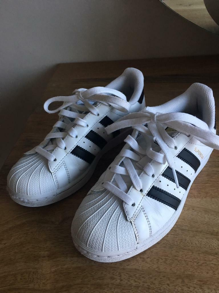 54da95384c8c Kids Adidas Superstars