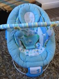 Comfort and Harmony baby bouncer / rocker