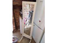 White long standing mirror