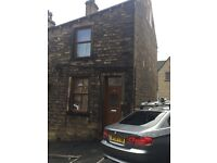 End terrace house 2x Double bedroom fully furnished in Greetland