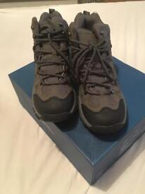Mountain warehouse hiking boots BRAND NEW size 7