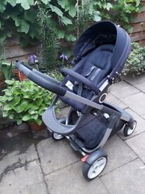 Stokke Crusi Carry Cot and seat and rain cover