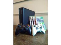 Xbox 360 games console 250GB + 2 controllers + 5 games