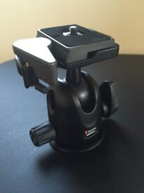 Manfrotto 496RC2 Tripod head with quick release plate
