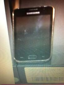 Samsung sl 4gb unlocked good con £40