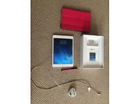 iPad Mini WiFi 16GB Silver in box with flip case, charger and stylus