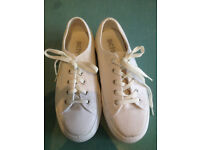 White Plateau Sneakers size 39