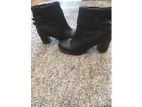 Real Leather ankle boots, brown - size 5