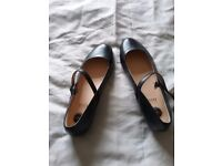Clarks shoes size 7 Collection only