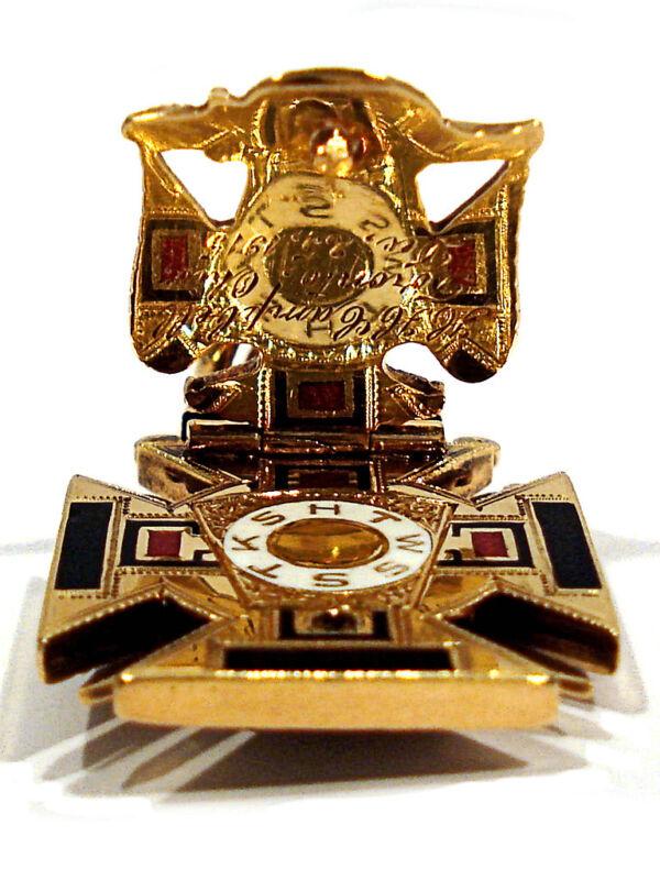 SOLID 14K YELLOW GOLD BLACK ONYX KNIGHTS TEMPLAR MASONIC FLIP FOB