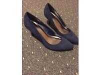 Dorothy Perkins blue suede heel shoes