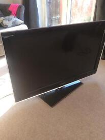 """Samsung 40"""" TV 4 HDMI ports lovely tv fully working"""