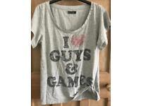 C guys & games t shirt M