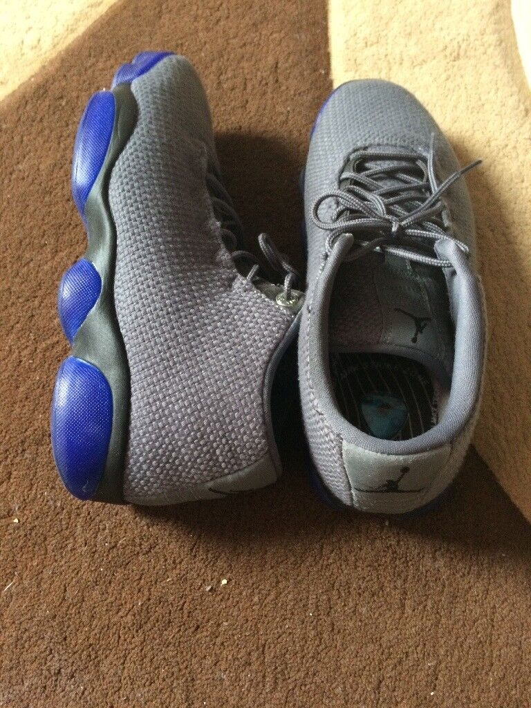 Nike Jordan's horizon size 7.5