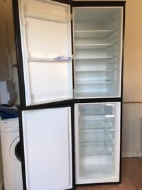Fridge freezer (frost free)