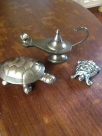 BRASS ALADDIN LAMP AND 2 BRASS TORTOISES