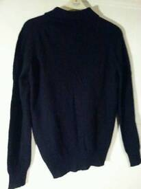 Cashmere jumper with collar