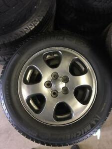 195/65/15 Michelin Xice 9/32 + mags 15 pouces Subaru original
