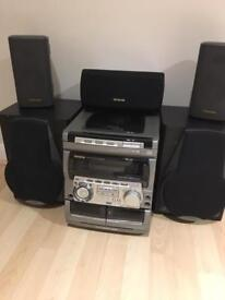 Aiwa stereo with extra speakers