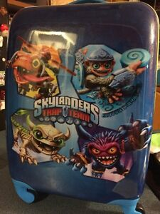 Brand new never used!!! Sky landers tag a long suitcase.
