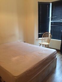 Stunning single bedroom available in Stratford!
