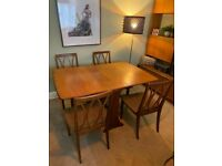 A VINTAGE/MID-CENTURY G-PLAN TEAK 4/6 SEATER GATE LEG DINING TABLE & 4 CHAIRS FREE DELIVERY