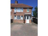 3 Bedroom Semi-Detached to rent in Heatherdene Close, Reading, RG2