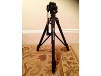 Velbon DV-7000 tripod for sale. Excellent condition, £75