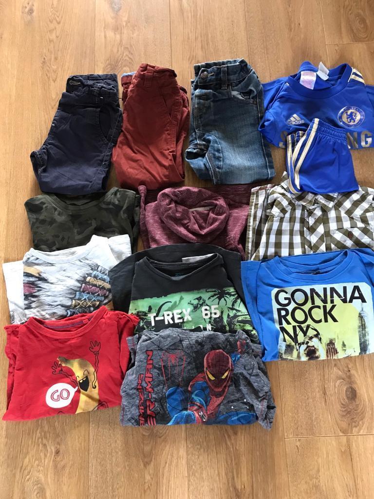 Bundle of boys clothes.