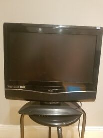19 inch tv dvd combi with freeview