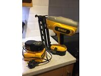 DeWalt 18v DC618 2nd Fix Brad Nailer Pin Gun + 2 x Batteries + Charger (not paslode)