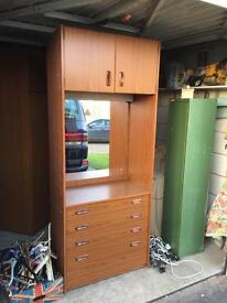 Chest of draw dressing table unit