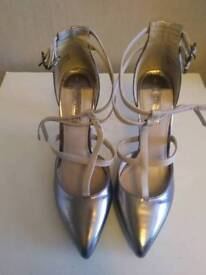 Size 3 Dorothy perkins shoes