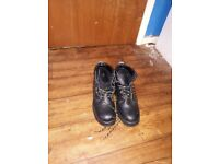 Steel toecapped boots for sale. Excellent and good condition some almost new